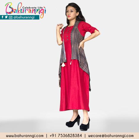 Women's clothing at bahuranngi